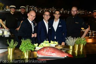 Das Team des Waterkant:Anatolij Root (Restaurantleiter), Philip Borckenstein von Quirini (General Manager), Michael Nemecek (F&B Manager) und Florian Dziuballe (Küchenchef)