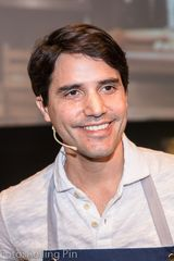 image of Virgilio Martinez